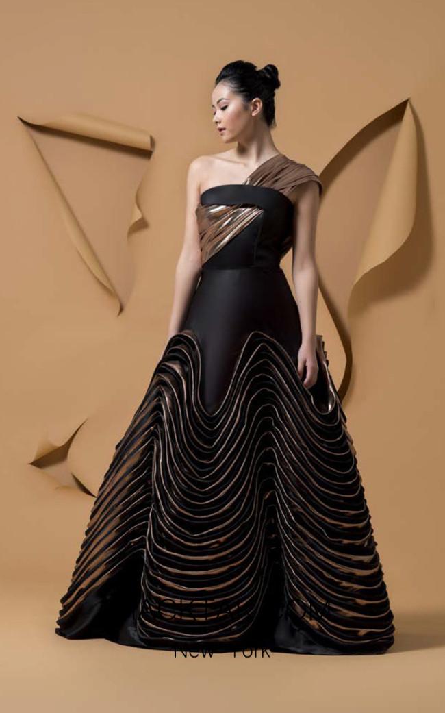 Isabel Sanchis Quisiro Front Dress
