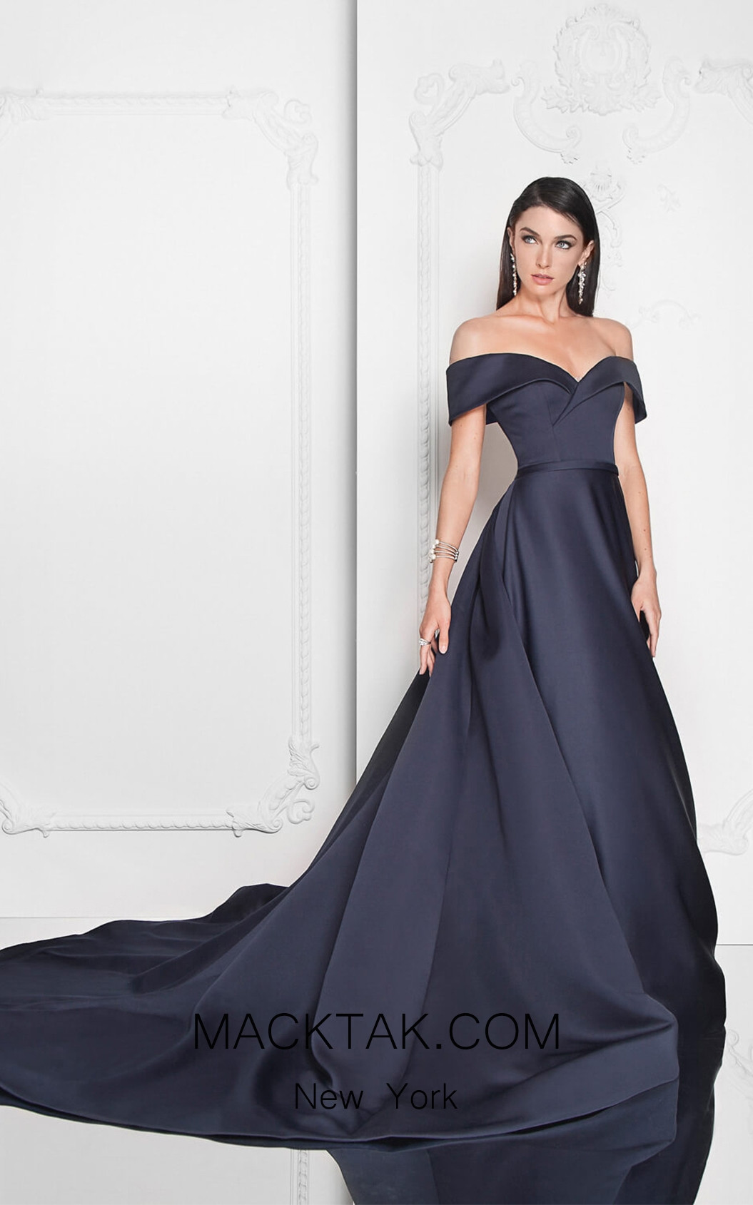Terani 1812E6276 Navy Front Evening Dress