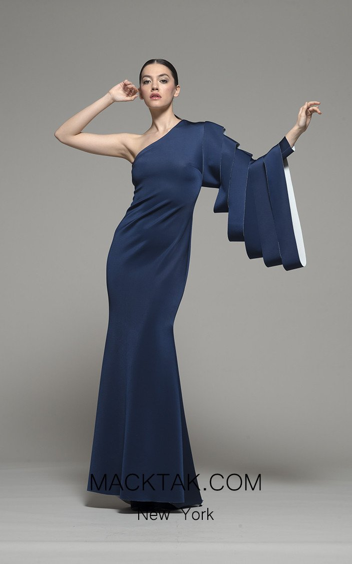 Isabel Sanchis Gamewell 133 Front Dress