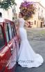 Tesoro By Ariamo Ede Ivory Back Dress